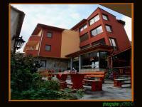 семеен хотел Армира