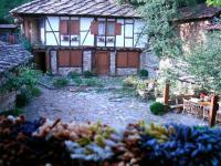 къща за гости Стомните