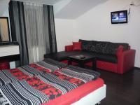 Hotel Priyateli