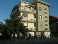Hotel Karina