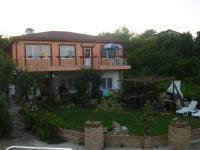 семеен хотел Русиновата къща