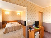 семеен хотел Севастократор