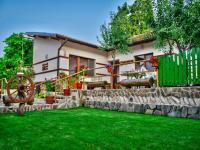 къща за гости Лазов