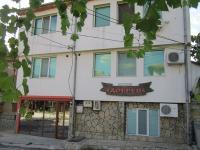 семеен хотел Добрев