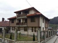 къща за гости Места