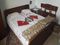 Rooms Indzhovi